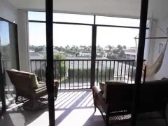 Rare 3bd remodeled condo with Ocean View